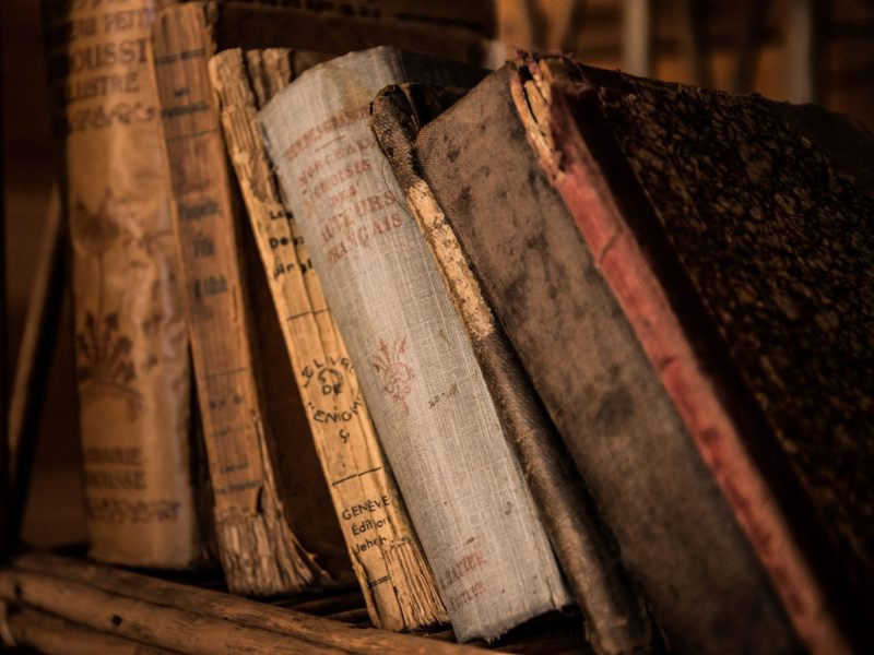 Books_Hintergrund (4)